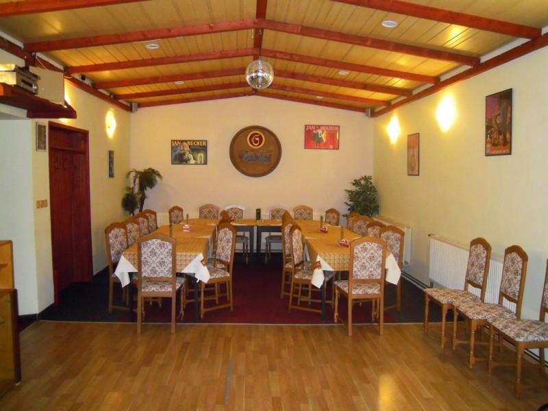 http://www.cesko-katalog.cz/galerie/hospoda-u-cutnaka1494234850.