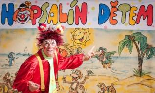 http://www.cesko-katalog.cz/galerie/jaromir-riedel-klaun-hopsalin1479894528.