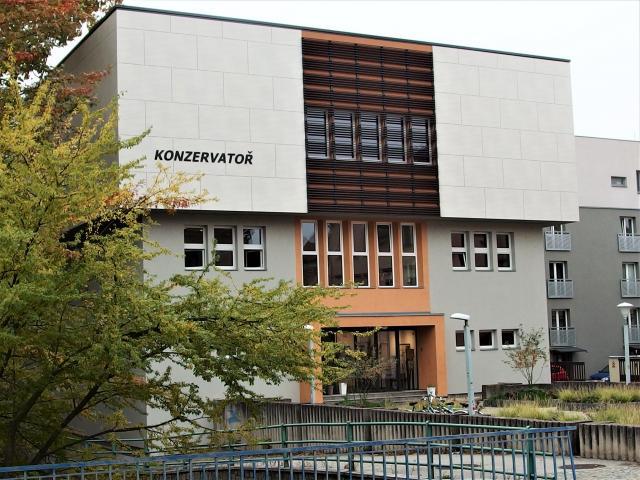http://www.cesko-katalog.cz/galerie/konzervator-ceske-budejovice-kanovnicka-221582001224.jpg