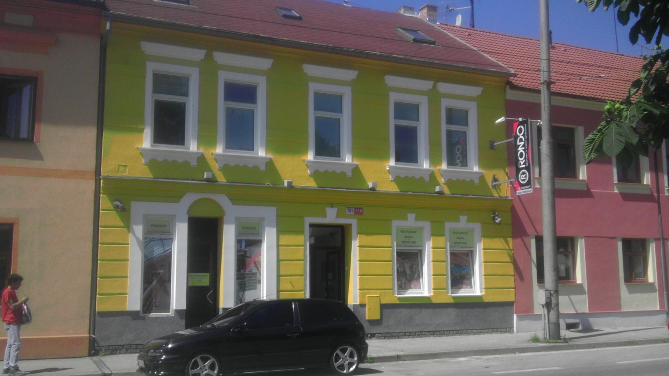 http://www.cesko-katalog.cz/galerie/malirstvi-zenisek1494495016.
