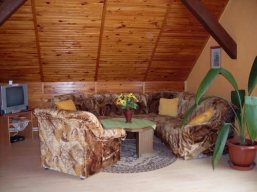 http://www.cesko-katalog.cz/galerie/marie-dolezalova-apartmany-udolska1454861314.