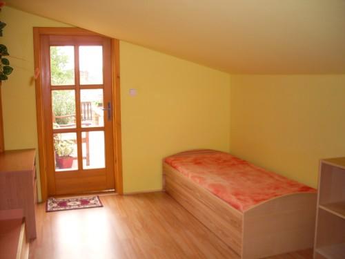 http://www.cesko-katalog.cz/galerie/marie-dolezalova-apartmany-udolska1454861648.