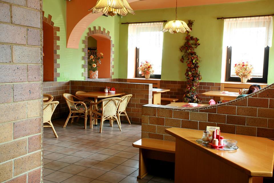 http://www.cesko-katalog.cz/galerie/restaurant-motel-hana1490609673.