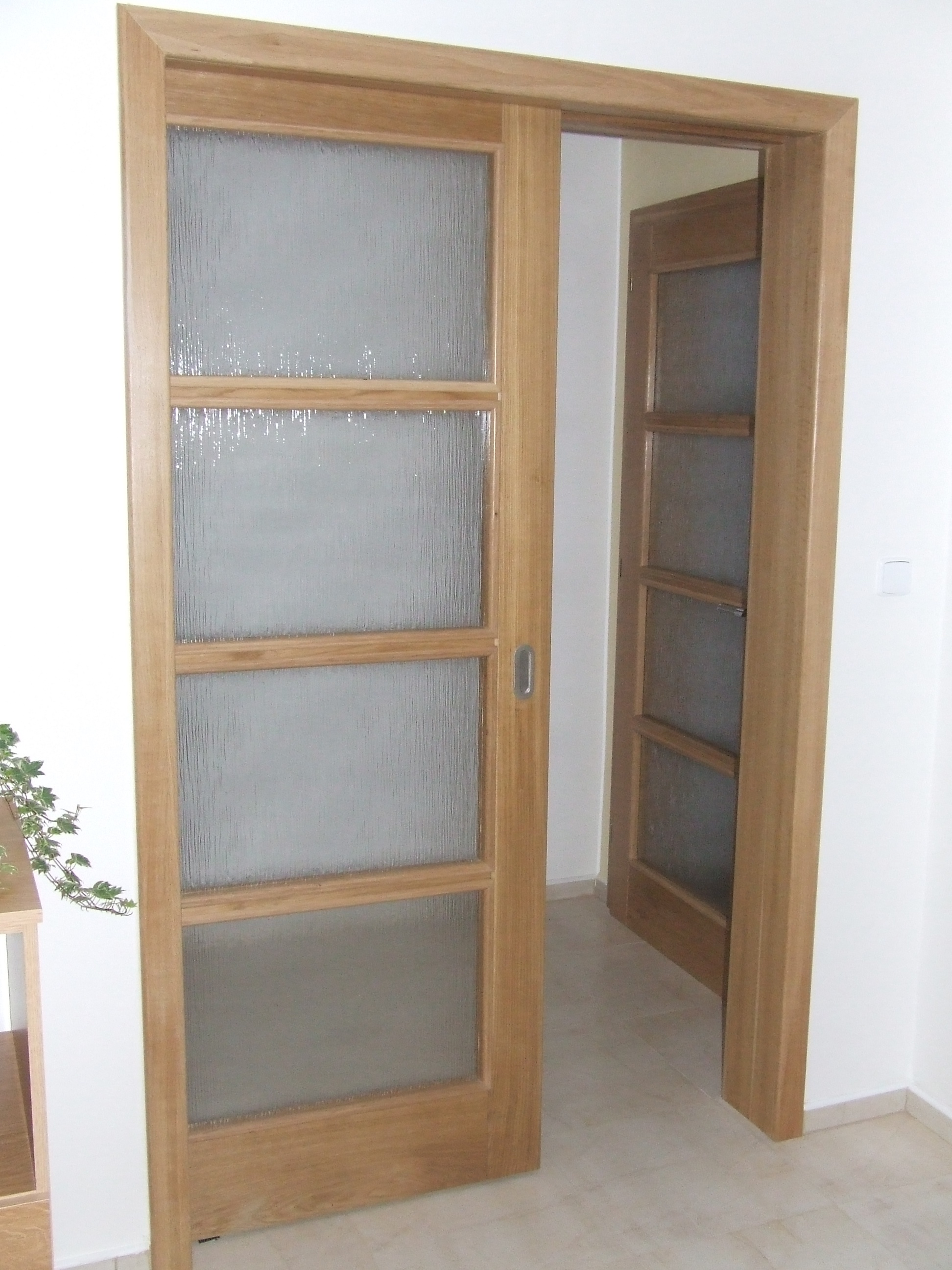 http://www.cesko-katalog.cz/galerie/vlastimil-strubl1443522705.