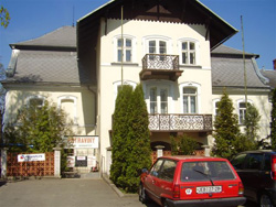 http://www.cesko-katalog.cz/galerie/zemedelskeho-druzstva-agroholding-se-sidlem-v-bernarticich1579855776.jpg